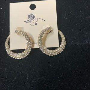 Super cute circle earrings